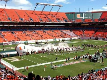 Go Canes or cocaine? Greater Miami chooses the latter.
